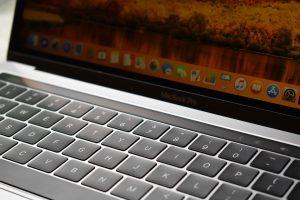 zoom foto van computer macintosh mac 300x200 - zoom foto van computer macintosh mac