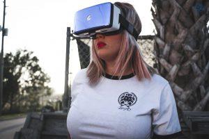 Virtual reality films maken Deutschland xfotografie of a vrouw gekleed in virtual reality headset 300x200 - Virtual-reality-films maken- Deutschland - xfotografie-of-a-vrouw-gekleed-in-virtual-reality-headset
