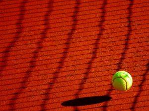 Tennisbal 300x223 - Tennisbal