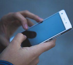 telefoon 300x268 - telefoon